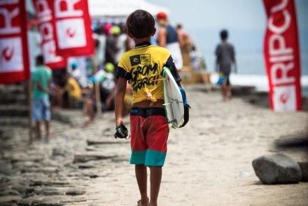 Hitungan-Mundur-Jelang-Rip-Curl-GromSearch-2014-di-Nusa-Lembongan-Bali_news-3